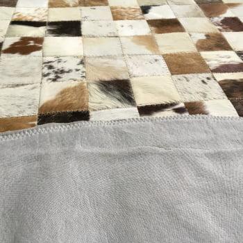 Tapete de couro redondo marrom malhado 1,80 diâmetro s/b