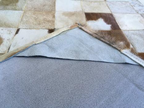 Tapete de couro passadeira bege malhado 0,70x2,30 c/b pç 10