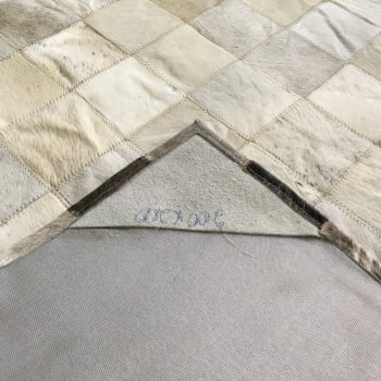 Tapete de couro cinza degrade 2,00x2,00 sem borda pç 10x10cm