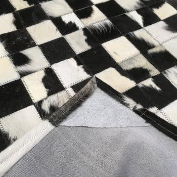 Tapete de couro preto e branco malhado 1,00x1,50 c/b peça 7