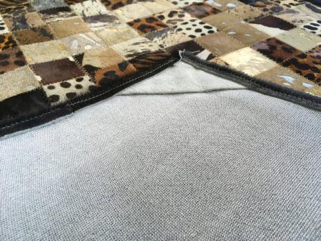 Tapete de couro bege estampado 0,80x2,00 com bordas