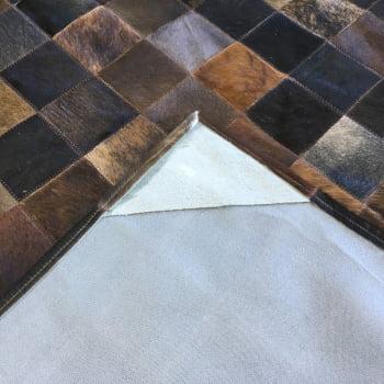 Tapete de couro marrom exótico 2,00x2,00 com borda pç 10x10