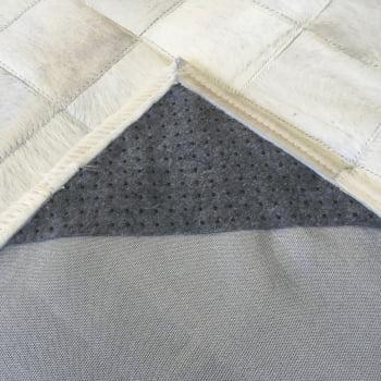 Tapete de couro bege claro 1,70x2,20 com borda peça 10x10cm