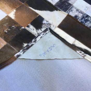Tapete de couro marrom malhado escuro 0,70x2,30 c/b pç 10x10