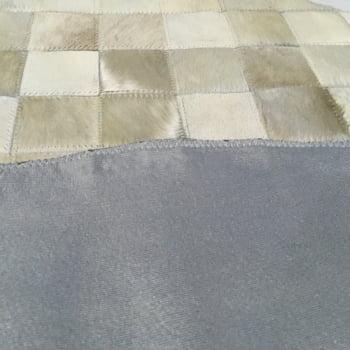 Tapete de couro redondo bege claro 0,80 diâmetro sem borda