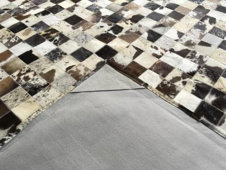 Tapete de couro marrom malhado escuro 2,50x3,00 com bordas